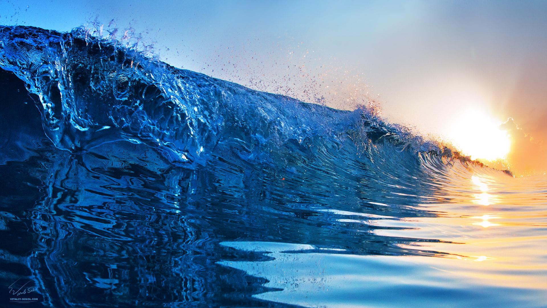 http://www.shutterstock.com/sets/120403-waves.html?rid=324673